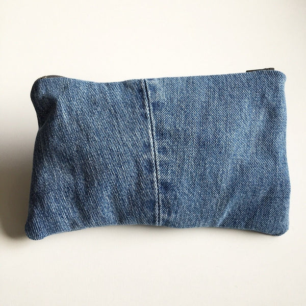 Clutch/makeup taske i denim - TrikkerDesign