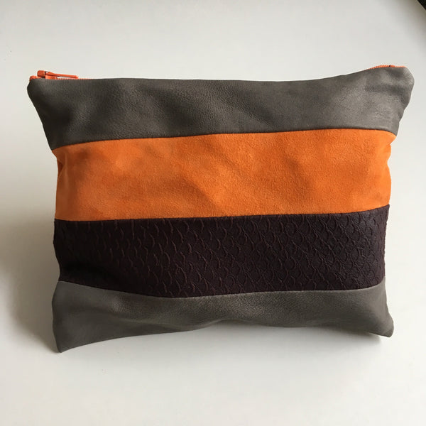 Unika clutch med orange/grå og lilla skind. - TrikkerDesign