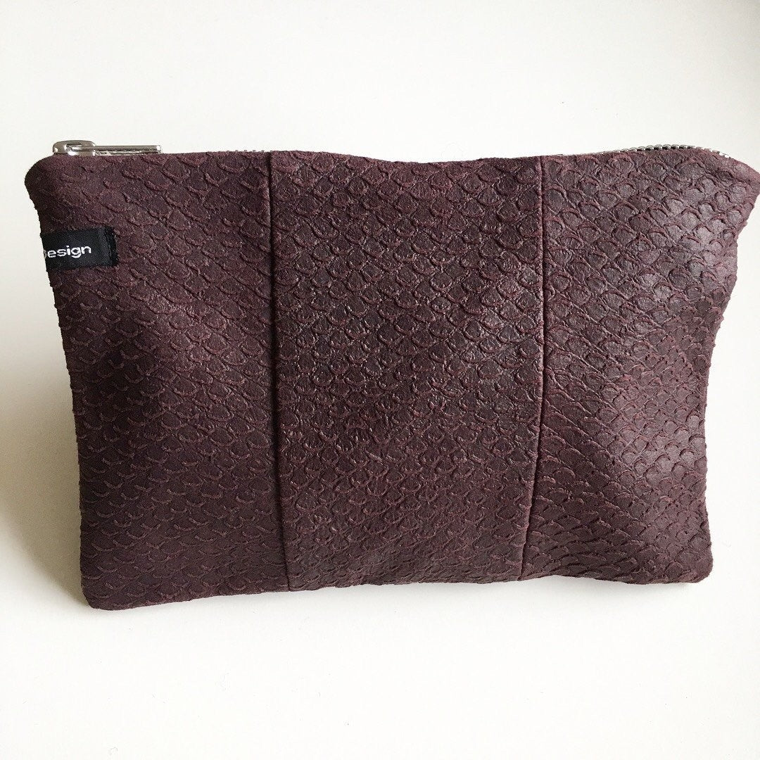 Clutch i fake snake plum - TrikkerDesign