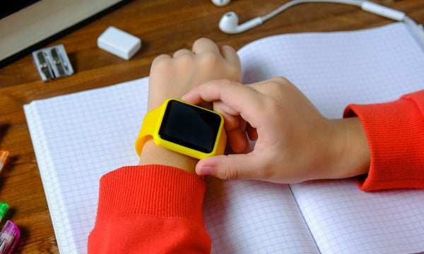 Reasons You Should Buy a Smartwatch for Your Child