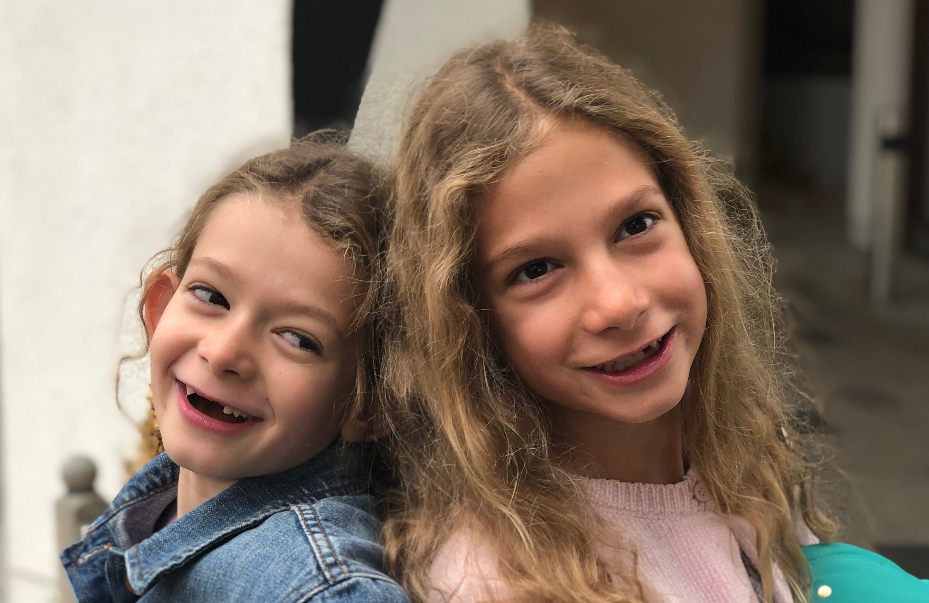 safe and happy kids