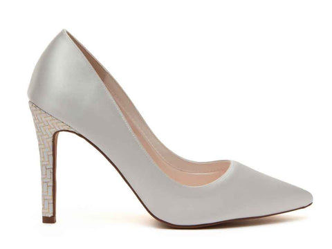 ROCHELLE - Ivory Satin & Parquet Court Shoes