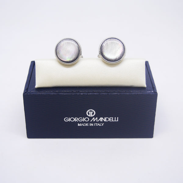 Lloyd Cufflinks with Black Shell - Giorgio Mandelli® Official Site | GIORGIO MANDELLI Made in Italy