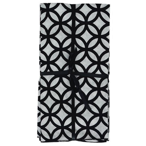 Rings Black & White Napkins set of 4