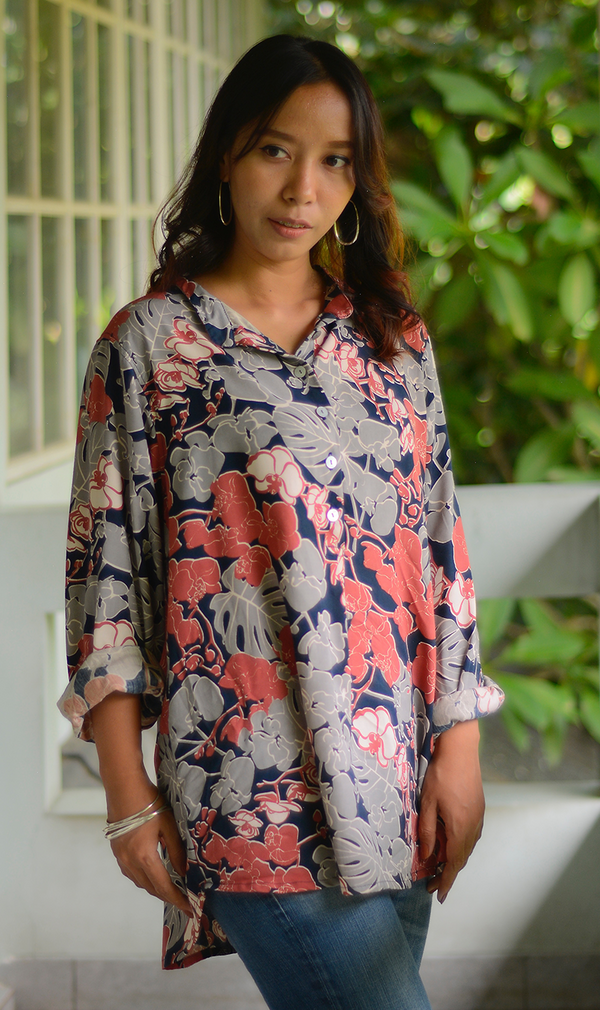 Orchid Coral Navy Easy Rayon Blouse, 3 sizes