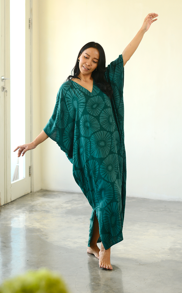 Retro Flower Emerald Kaftan Dress, 1 size
