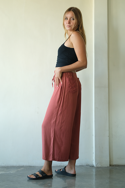 Rust Piazza Pants, 3 sizes