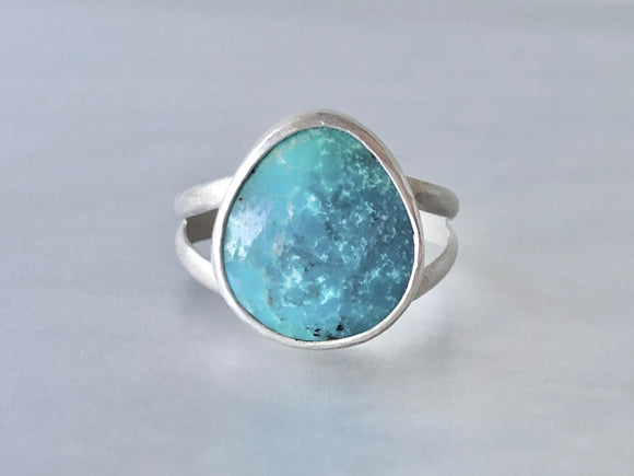 Brushed Silver Turquoise Everyday Ring on Split Band