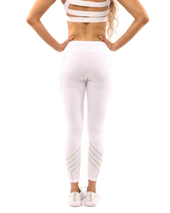 White Laguna Set (Leggings & Sports Bra). - FlexActive Fitness