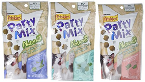 Friskies Naturals Party Mix Variety Pack (3 Pouches) 1 Natural Chicken, 1 Natural Tuna, and 1 Natural Salmon - NET WT 60 g (2.1 OZ)