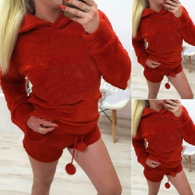 2019 Newly Winter Women Flannel Pajamas Set Bear Hooded Pajamas Winter Warm Coral Fleece Sleepwear Hoodie+Short Tow 2pcs Suit