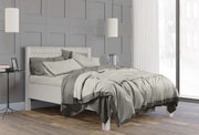minimalist bedroom design inspiration with high quality grey bedding