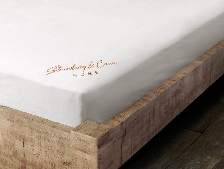 Luxury Signature 100% Organic Cotton Fitted Sheet With Time Saving Features - White & Orange