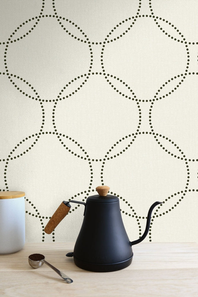 1821010 polka dot geometric wallpaper kitchen from the Black & White wallpaper collection by Etten Gallerie
