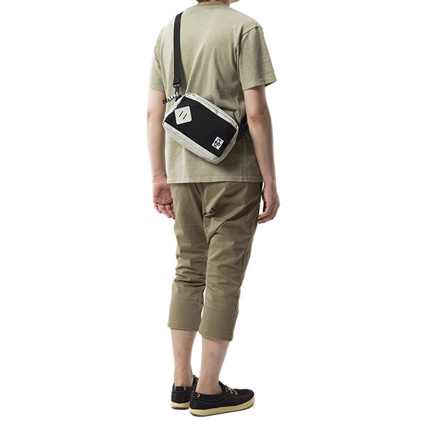 CHUMS | チャムス Mini Square Shoulder S/N