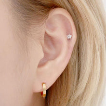 Load image into Gallery viewer, Leyla Small Hoop Earrings with 14K Gold Pin