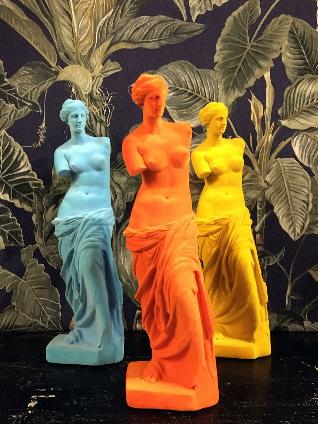 Venus de Milo Flocked Figure