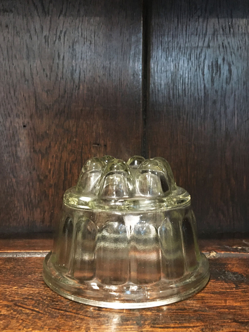 Traditional Glass Jelly Mould Round