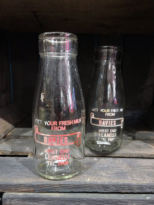 Davies Half Pint Glass Milk Bottles 16cm