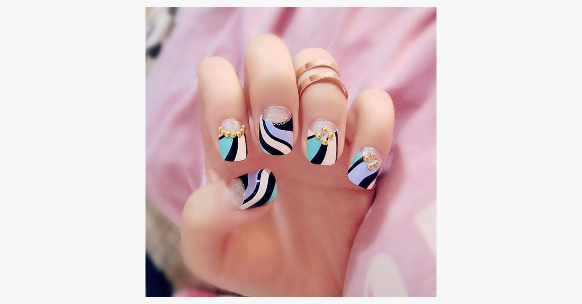 Double Striped Fake Nails - FREE SHIP DEALS