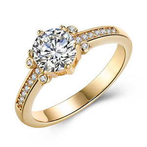 Swarovski Elements Single Solitaire 18K Gold Ring - Clayton White