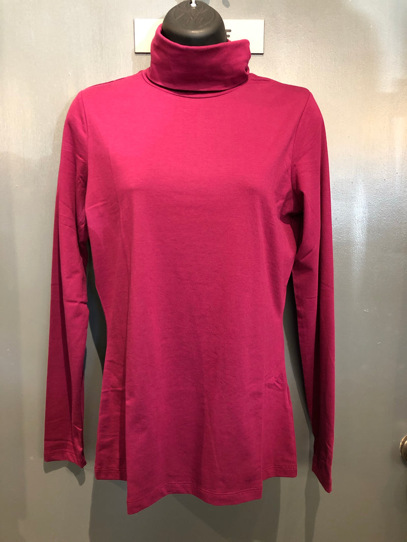 Lands End magenta turtleneck small