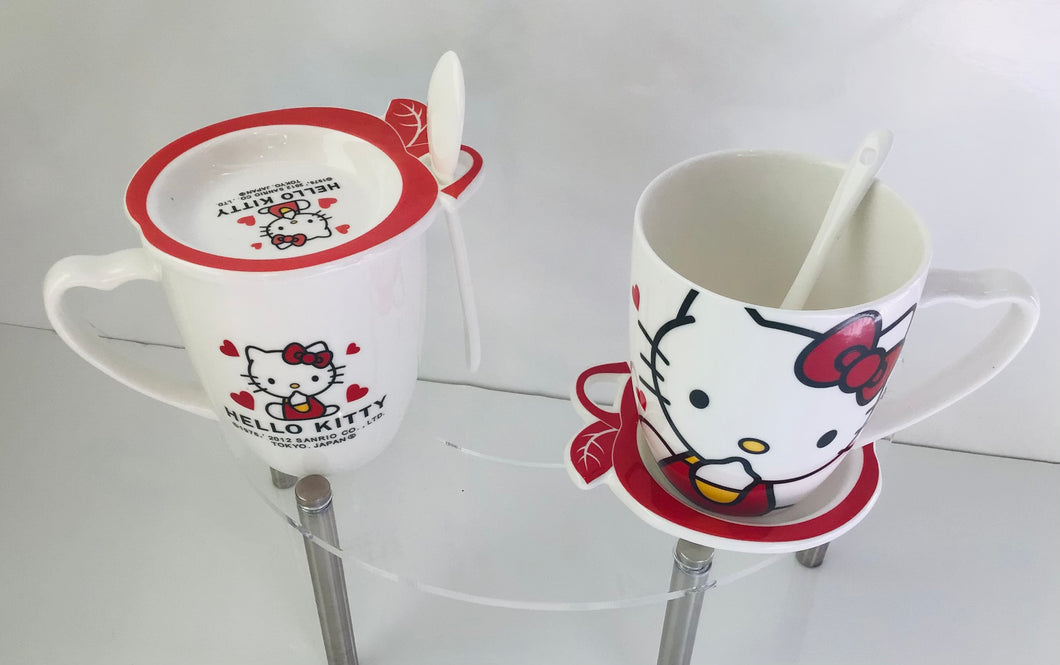 Hello Kitty Cup with plate