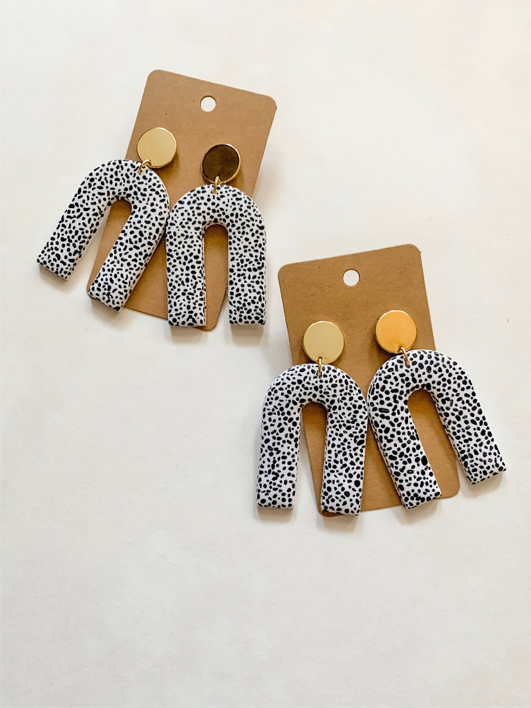 Speckled Arches (Medium)