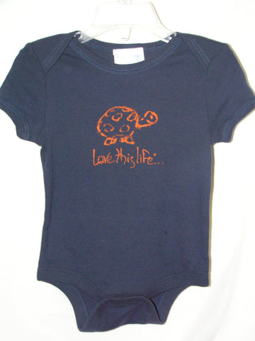 "T-LTL KID Vintage ""Scram the Turtle"" Onesie Navy"