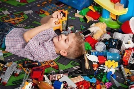 Four ways to minimize the toys mess.