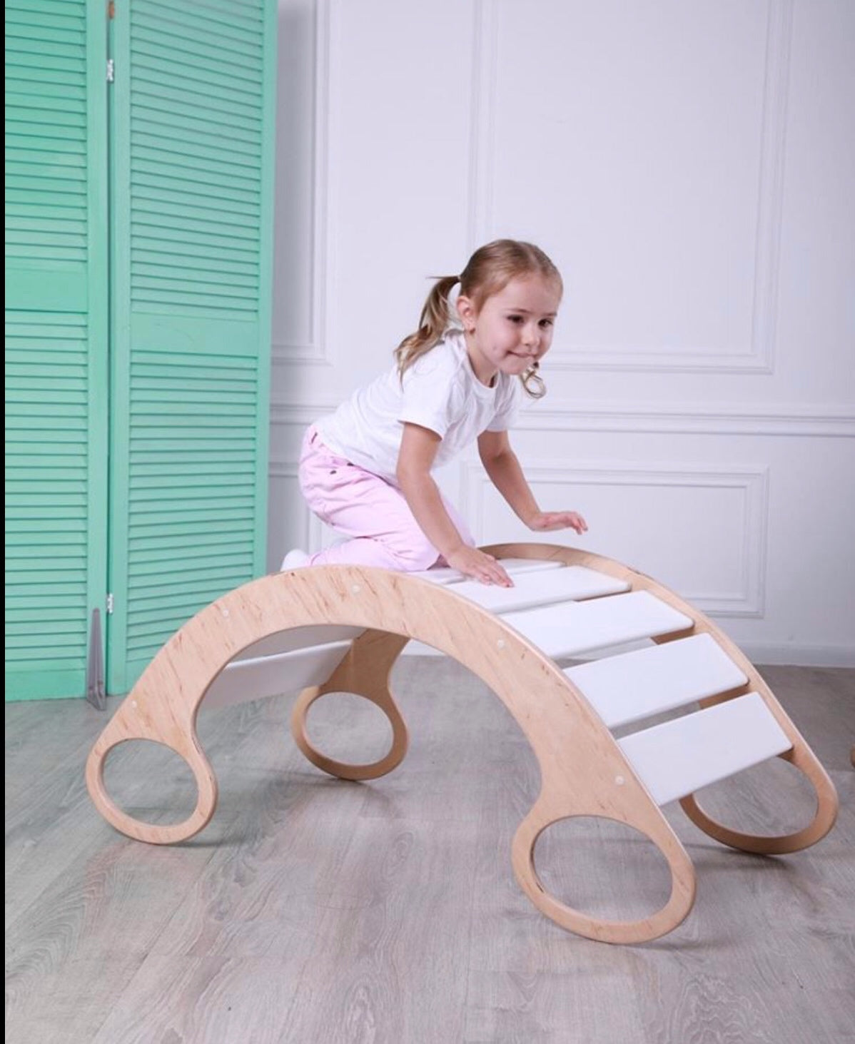 Rocking balance board (white wood)