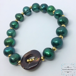 Dark green genuine pearl stretch bracelet - Pirouette Jewellery Designs