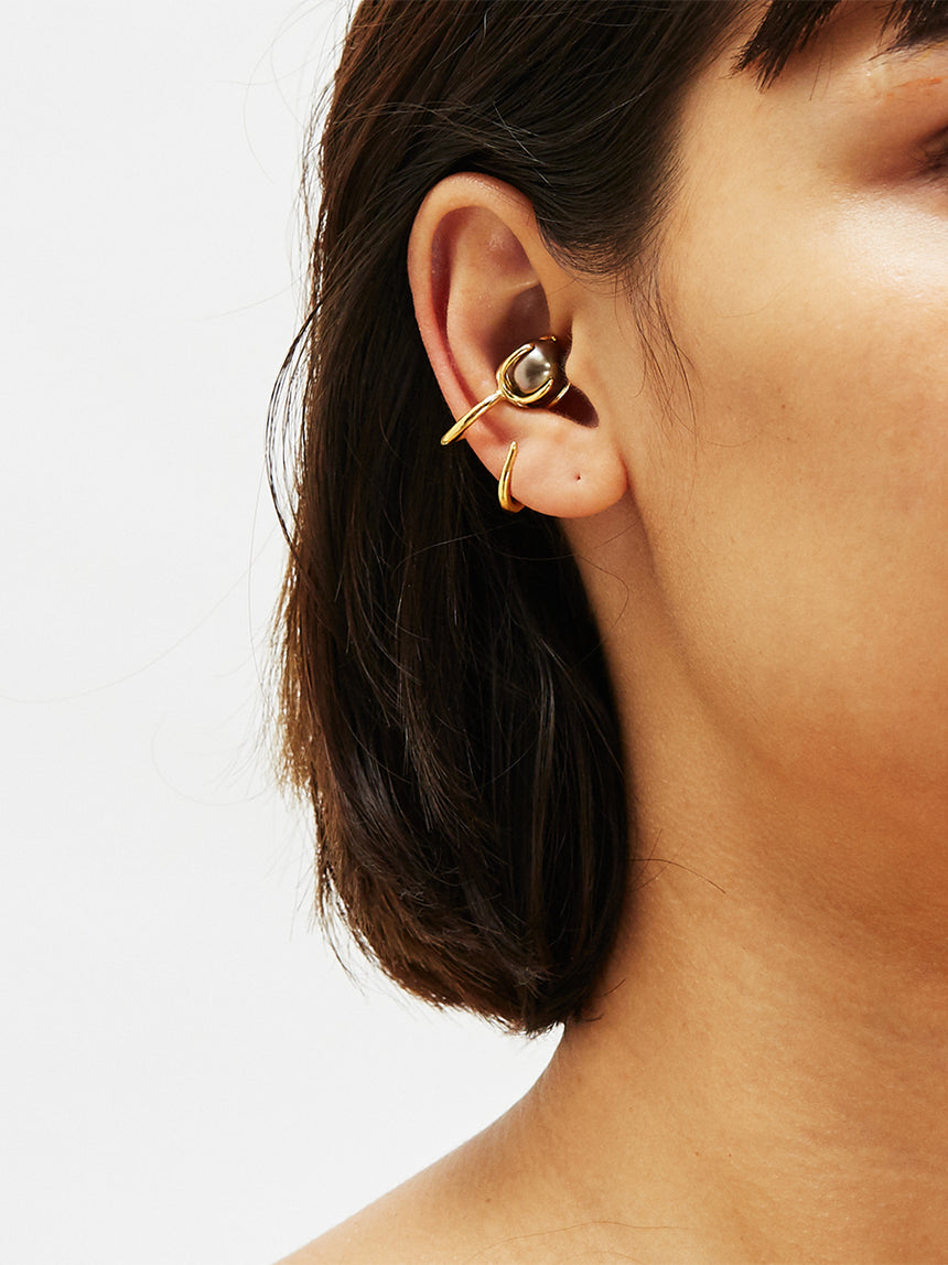 RS.IP.E.006 | FIJI PEARL CLAW MID EAR-CUFF