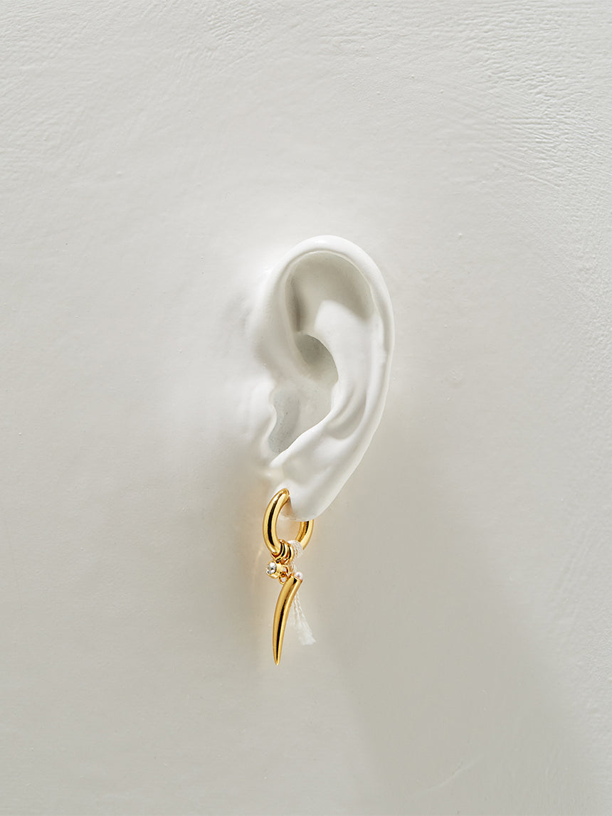 RS.LT.E.004 | OVAL HOOP, PEARL AND TABUA DROP EARRINGS