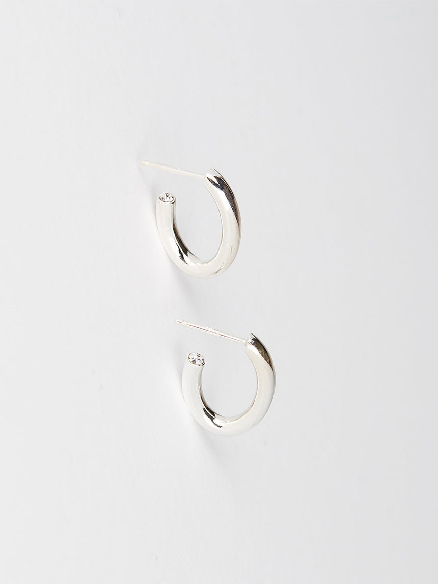 RS.S.E.004 | SOLID OVAL HOOP WITH CRYSTAL TIP