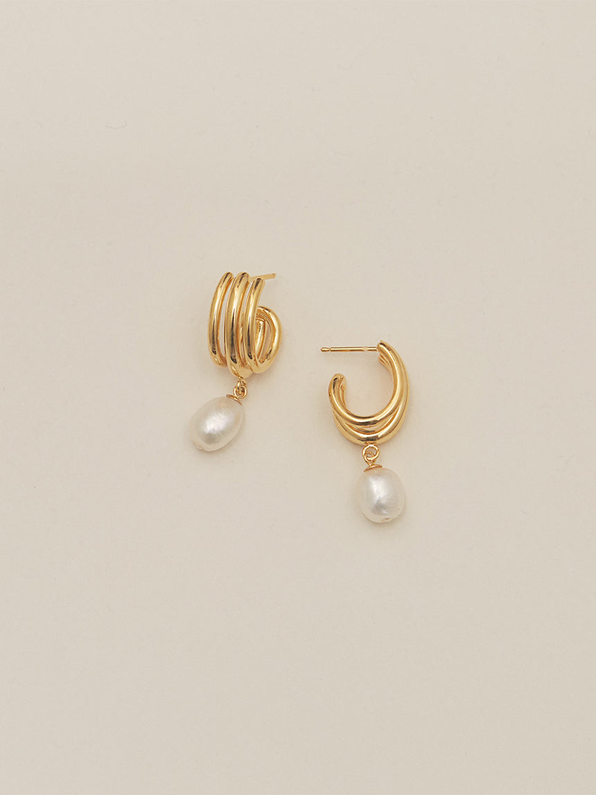RSXAL.E.003 | TRIPLE OVAL HOOP AND DROP PEARL EARRINGS