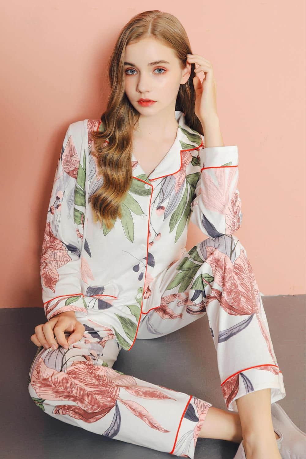 Leaf Floral Print Cotton Pajamas Set