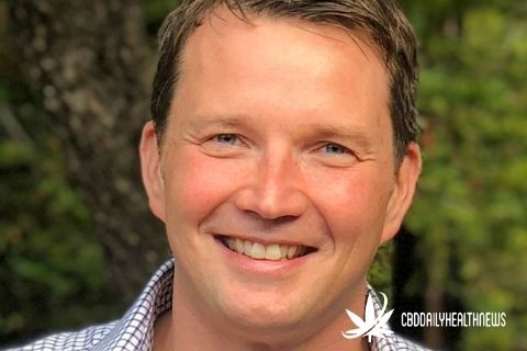 The Hemp Chat #36 w/ chief scientist & co founder of GoLovecbd sex lube-John Renko chats with Derek Cross