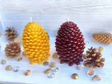 Load image into Gallery viewer, Jumbo Pinecone Candle
