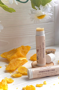 100% Natural Beeswax & Shea Butter Peppermint Lip Balm