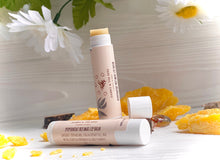 Load image into Gallery viewer, 100% Natural Beeswax & Shea Butter Peppermint Lip Balm