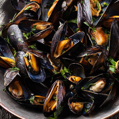 Black Mussels with White Wine & Lemon