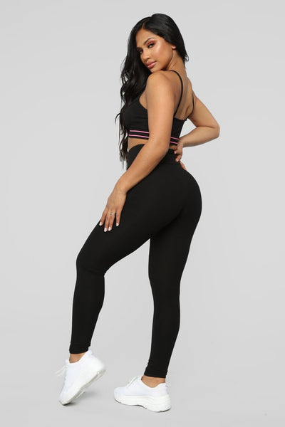 Win It Lounge Set - Black/Fuchsia