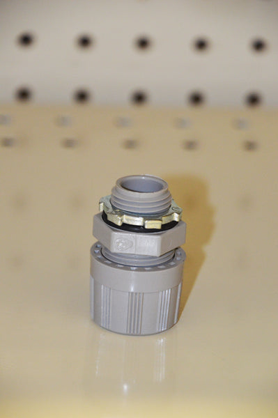 Connector w/ Nut: 0908384