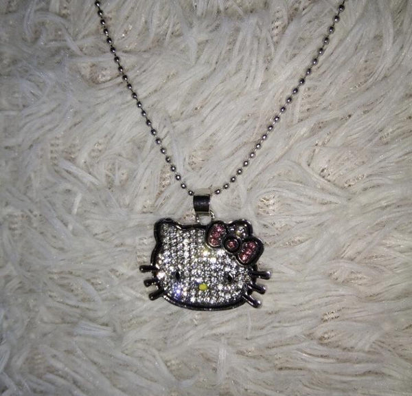 rhinestone hello kitty necklace