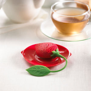 Load image into Gallery viewer, Trudeau Strawberry Loose Leaf Tea Infuser & Cup Lid