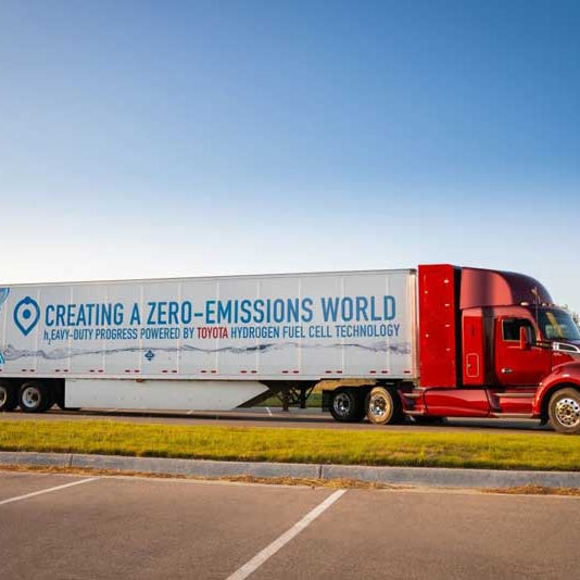 Toyota has a hydrogen truck, passes 480 km per filling