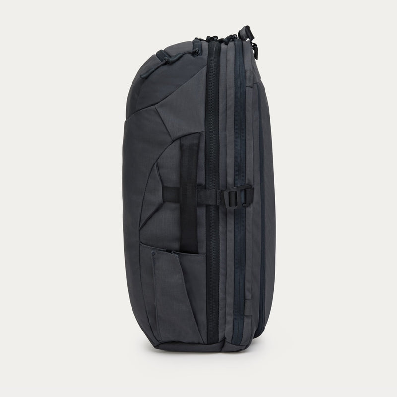 Carry-on 2.0 in Grey
