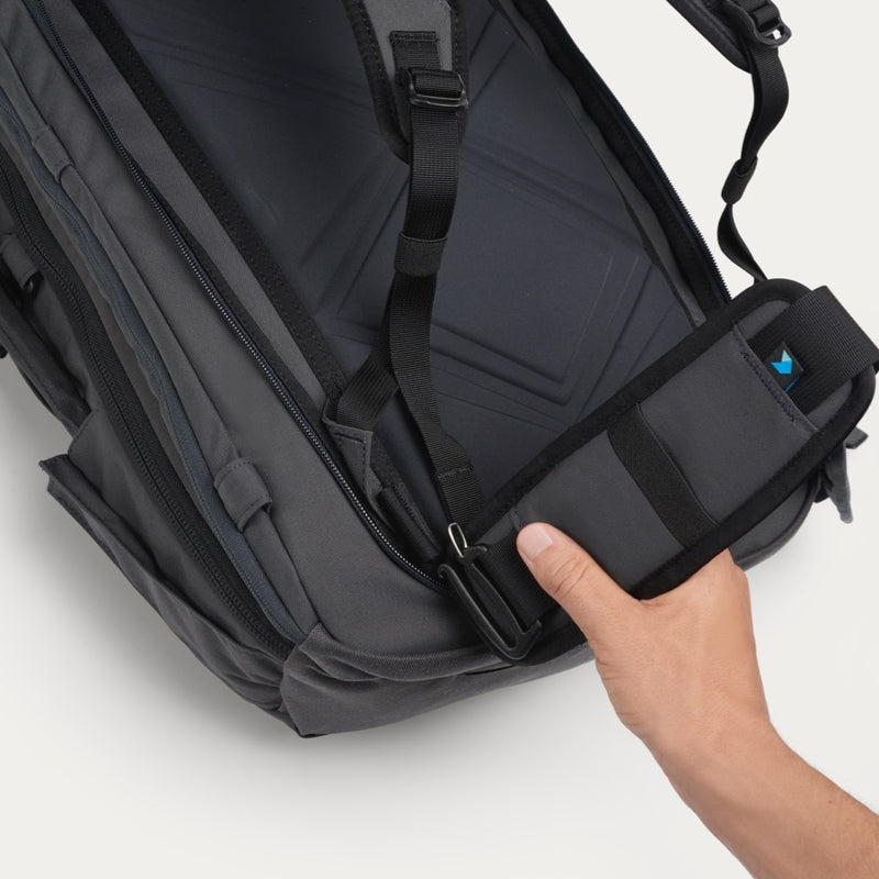 Minaal Hip Pads - Connect to Carry-on
