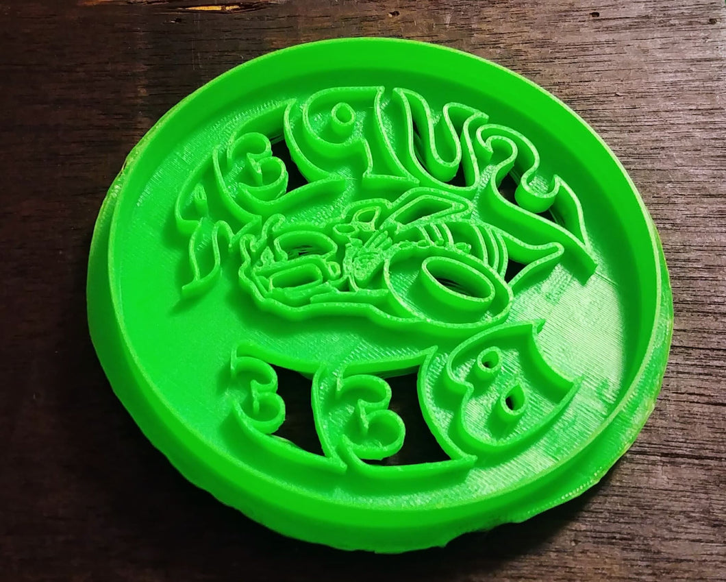 3D Printed Cookie Cutter Inspired by Mopar Super Bee Badge